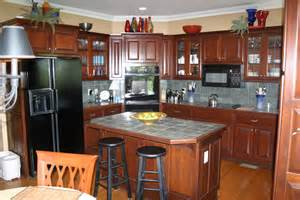 cherry mahogany kitchen cabinets mahogany kitchen