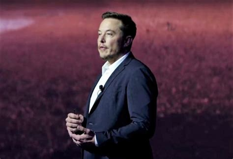 elon musk plan to mars spacex s elon musk makes sales pitch to colonize mars