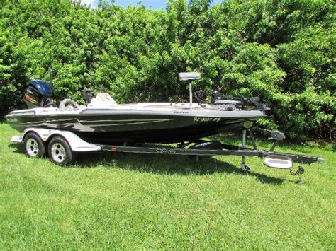 bass cat boats for sale craigslist bass cat boats caracal vehicles for sale