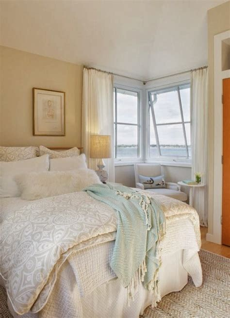 Coastal Cottage Bedroom by 25 Best Ideas About Cottage Bedrooms On