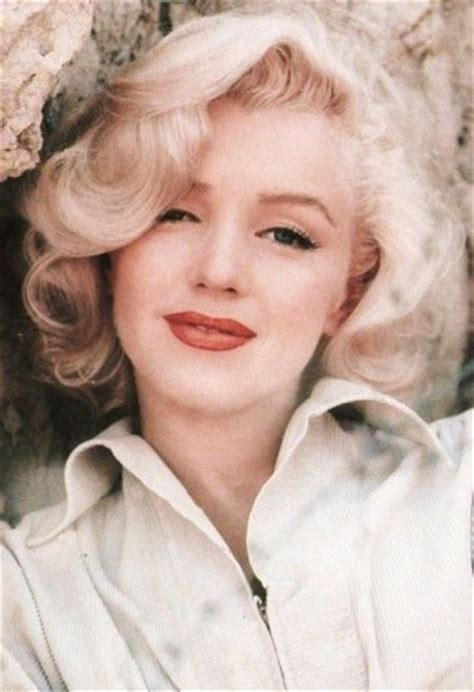 the secret life of marilyn monroe has fans wondering