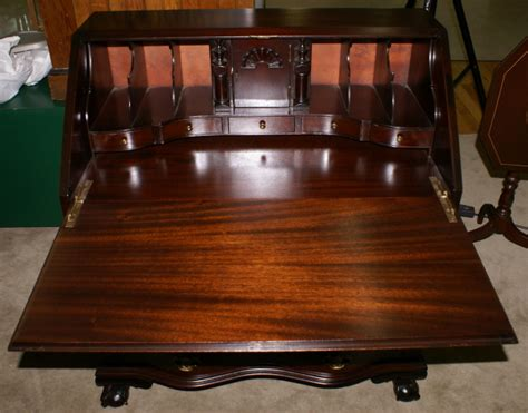 governor winthrop desk chippendale mahogany antique governor winthrop desk