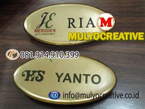 Jepitan Kayu Color pesan papan nama dada pesan name tag dada pesan nama