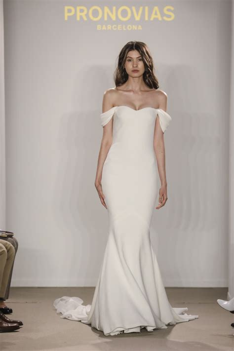 Rafina Dress Miulan we present the advance of the collection atelier pronovias 2018 in new york