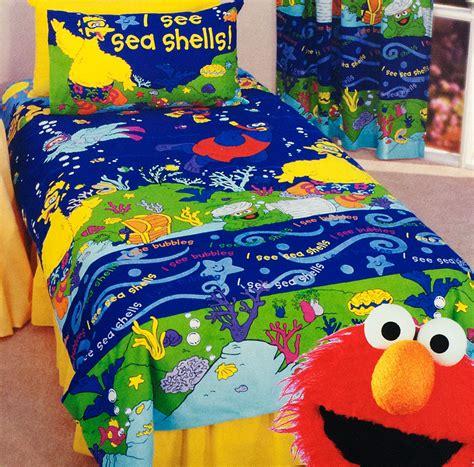 elmo bedroom set a sesame bedroom theme bedding dreams