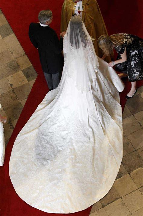 hochzeitskleid kate middleton kate middleton wedding dress unusual engagement rings review