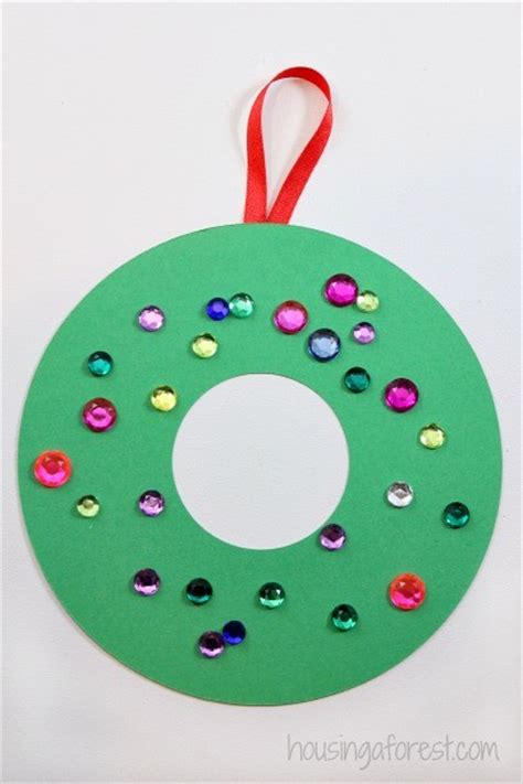 easy wreath crafts easy crafts construction paper
