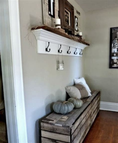 entryway ideas for small spaces 25 best ideas about small entryway decor on pinterest