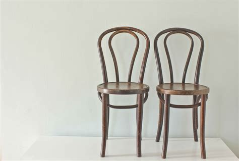 Wooden Bistro Chairs Wood Bistro Chairs Thonet Style Bentwood By Thevintagevoguestory