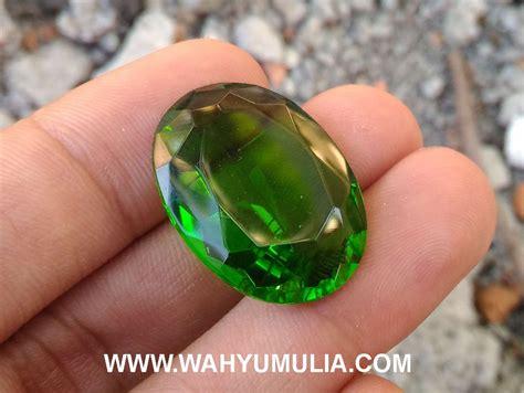 Green Tektite 8 49 Ct Memo batu green tektit kode 421 wahyu mulia