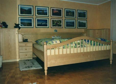 schlafzimmer esche schlafzimmer massivholz esche thielemeyer strukturesche
