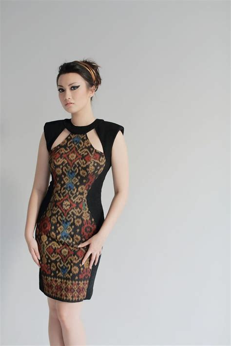 gambar design batik modern dress a combination of modern and traditional fabric creates a