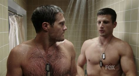 Screengrabs Of The Day Parker Young And Geoff Stults In Enlisted The Wow Report