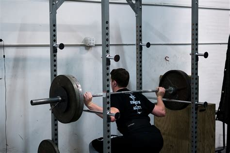 bench press reps sets velocity based training for baseball athletes driveline