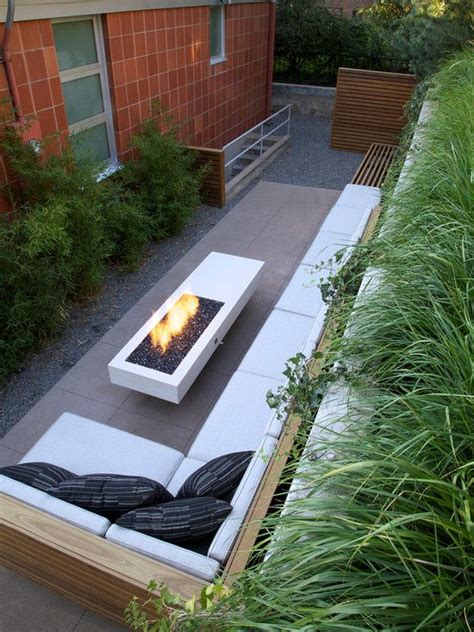 side patio ideas 25 best ideas about side yards on side yard