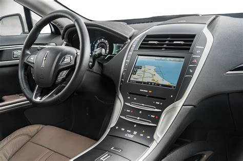 Lincoln Mkz Interior by 2014 Lincoln Mkz Hybrid Test Motor Trend