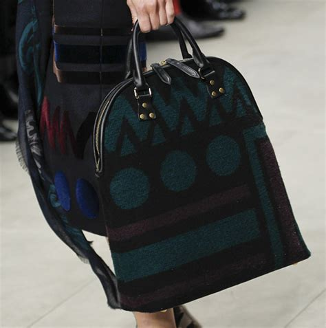 Burberry 2008 Handbags Runway Review by Burberry Fall 2014 Runway Bags 21 For Best Designer