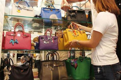 In Closet Hermes by Singapore Blows Annual Bonuses On Hermes Birkin