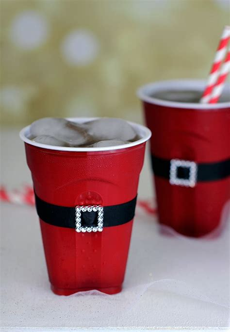 Decorating Plastic Cups by Best 25 Plastic Cup Crafts Ideas On Cup