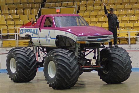 hara arena monster truck themonsterblog com we know monster trucks 2014