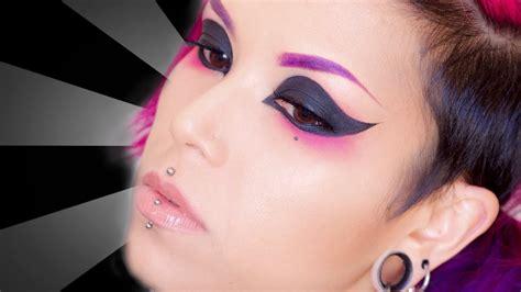 eyeshadow tutorial on youtube extreme cat eye makeup tutorial youtube