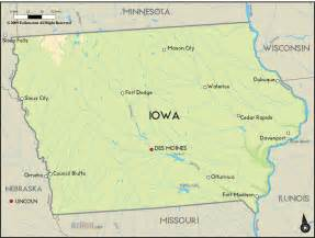 where is iowa on the map of united states geographical map of iowa and iowa geographical maps