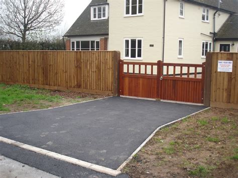 Car Patio Fencing Walling Amp Gateways In Ledbury Herefordshire