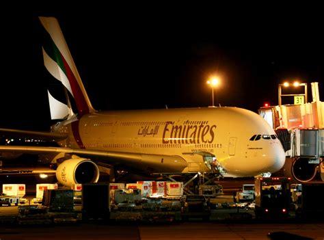 emirates jfk terminal emirates a 380 on gate at jfk