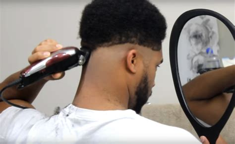 video how to buzz cut your own hair ehow how to cut your own hair for black men think africa