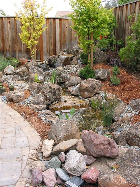 hill pondless waterfall and contractor