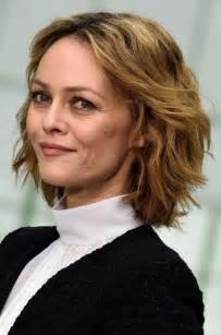 modele coupe cheveux court femme 35