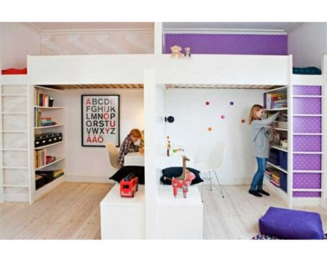 chambre pour enfant partager la chambre en deux avec des lits mezzanines