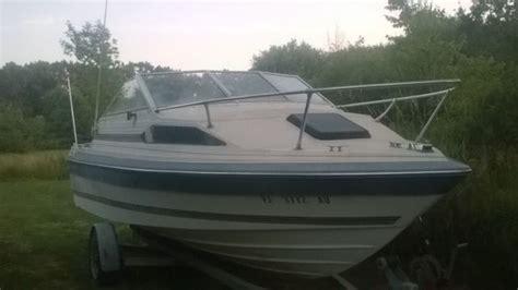 bayliner boats repair last chance bayliner capri boat 0 for repair or parts