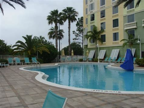 comfort suites maingate east kissimmee florida 301 moved permanently
