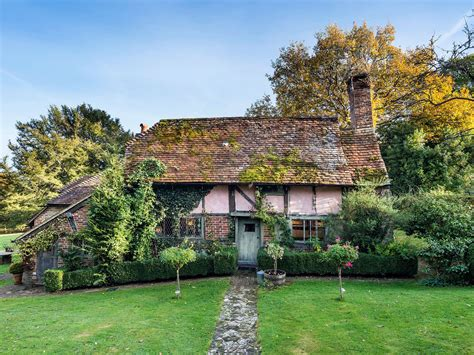 Cottages For Sale In The Uk by 16th Century Cottage In West Sussex Up For Sale