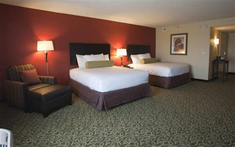 winstar hotel rooms winstar world casino and resort winstar world casino hotelguest rooms