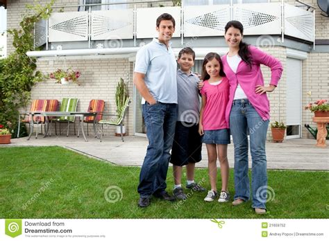 Mother Daughter House Plans Young Family Standing In Front Of Their House Stock
