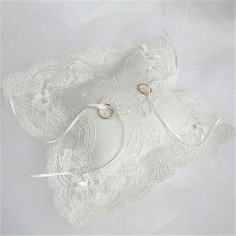 cuscini per anelli matrimonio cuscinello portafedi rebrod 232 ricami e pizzi