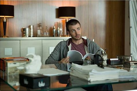 luke wilson playing it cool playing it cool review 2014 chris evans qwipster s