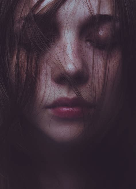 libro models close up laura makabresku silent ghosts