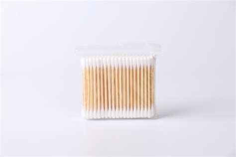 Huki Baby Cotton Buds 100pcs 100pcs bamboo stick personal care cotton buds buy cotton