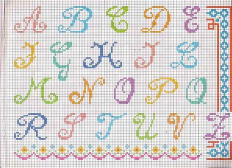 lettere da ricamare alfabeto da ricamare maiuscolo molto colorato