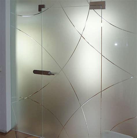 schiebetüren aus glas für innen objektbereich glas kuenzel