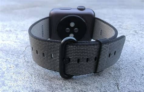Review: Woven nylon Apple Watch band might be worth $50