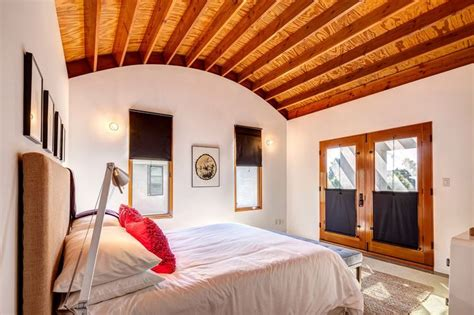 Tobey Maguire Sells His Soul by 12 Best Wood Space And Co Images On Interieur