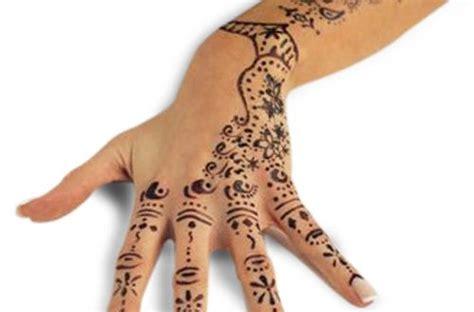 tattoo di islam tatuaggio all henn 233 per il matrimonio una tradizione