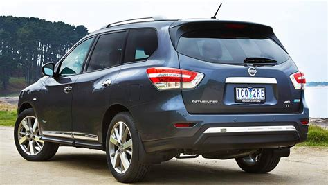 2014 nissan pathfinder hybrid review drive carsguide