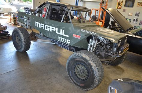 baja jeep baja 1000 hammer class winner casey currie and the trophy
