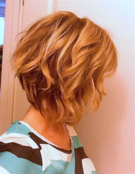 stacked shaggy haircuts best 25 wavy inverted bob ideas on pinterest