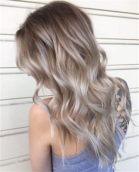 going gray from light golden brown hair with highlights пепельный цвет волос фото оттенков как выбрать свой